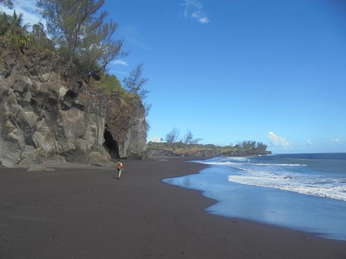 Ti sable, plage de sable noir Ile de la Réunion