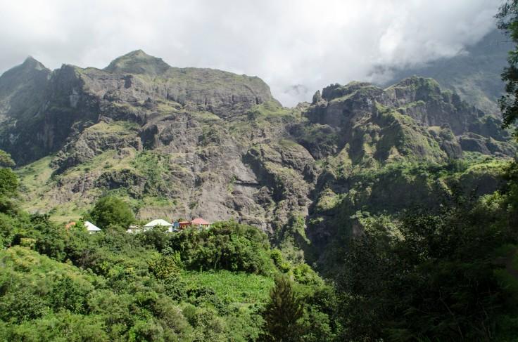 Cayenne , Mafate, Ile de la Réunion
