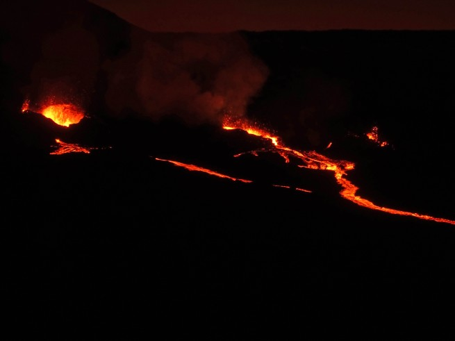 observer une éruption volcanique à l'île de la réunion, piton de la fournaise
