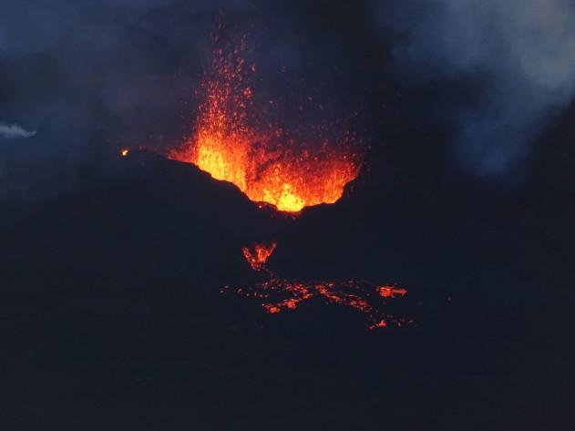Le Piton de la fournaise en éruption, Ile de la Réunion, 2018
