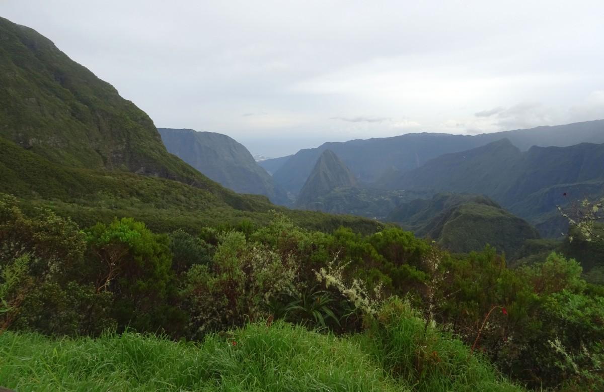 Col des boeufs vue sur Mafate Ile de la Réunion Randonnée