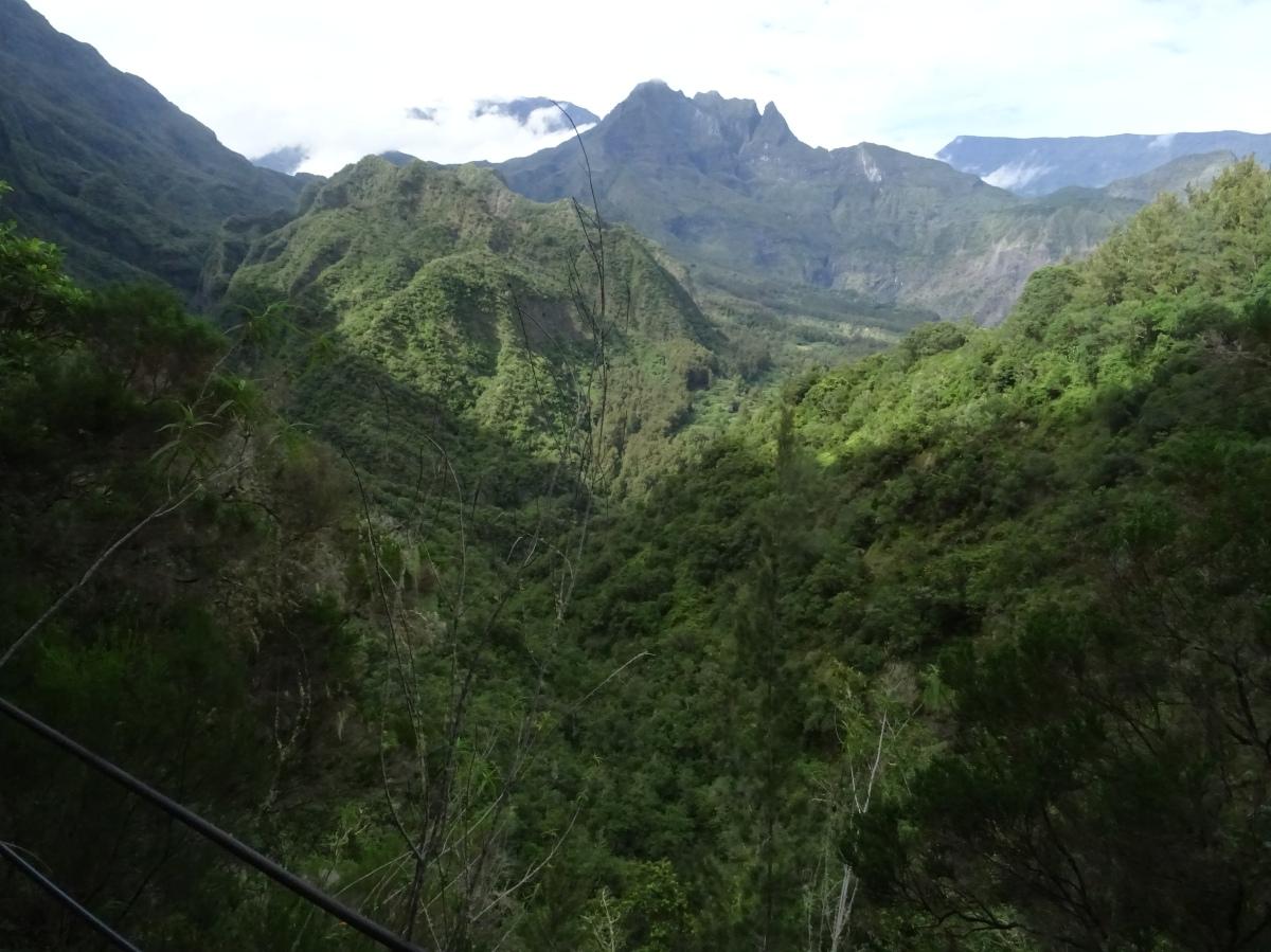 Sentier Augustave Mafate Randonnée Ile de la Réunion
