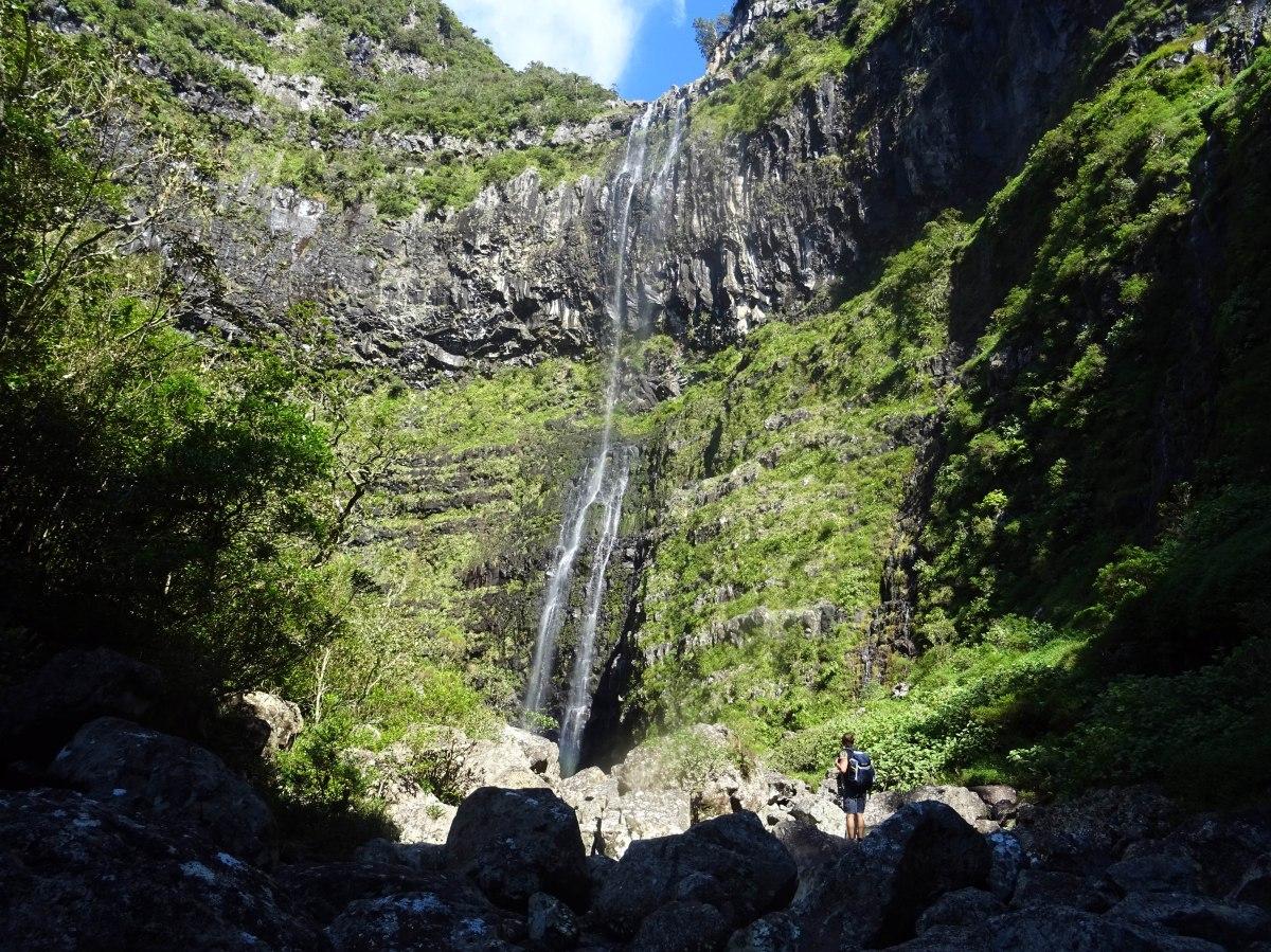 Tour bassin trou noir foret bébour plaine des palmistes randonnée ile de la réunion cascade