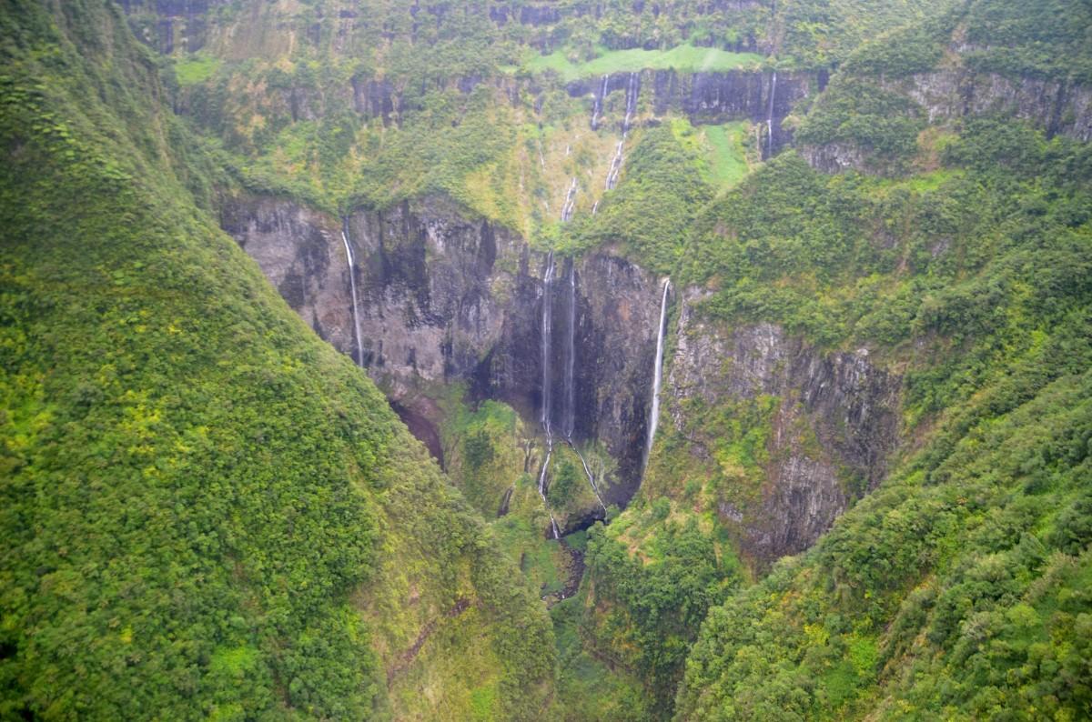 Trou de fer plaine des palmistes Ile de la Réunion hélicoptère