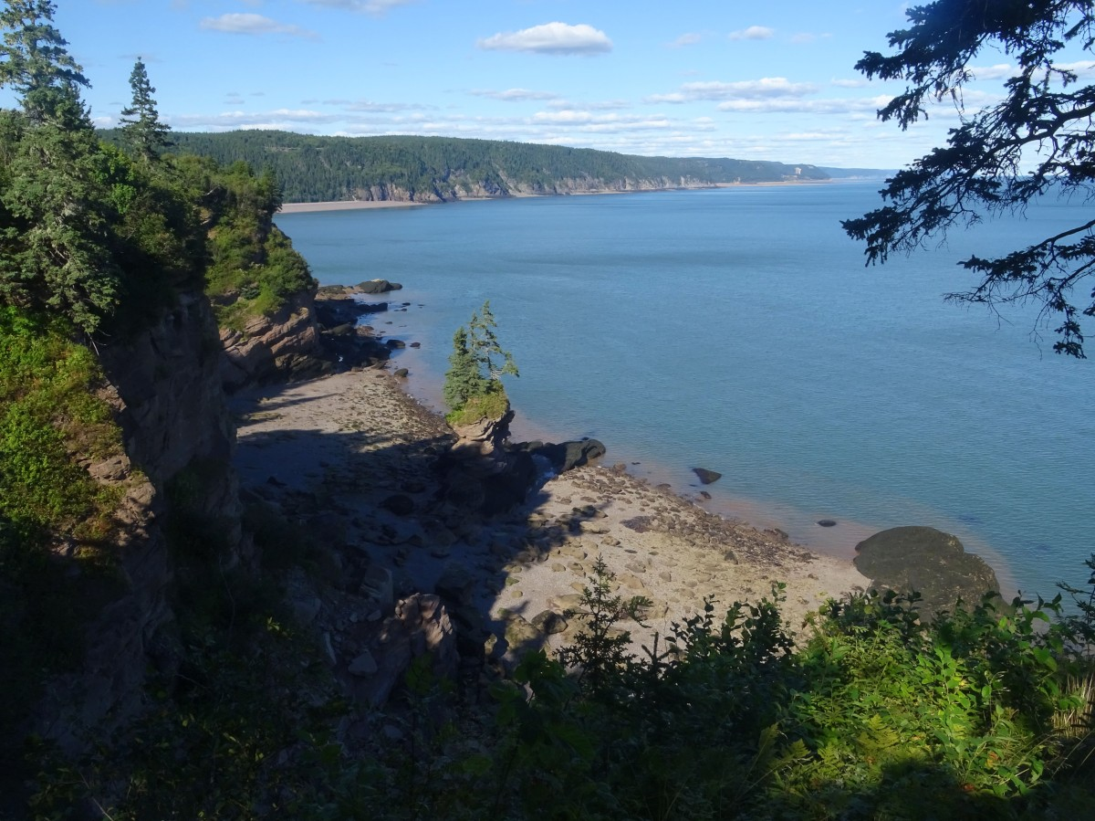 Nouveau Brunswick Canada road trip Fundy trail flower pot rock