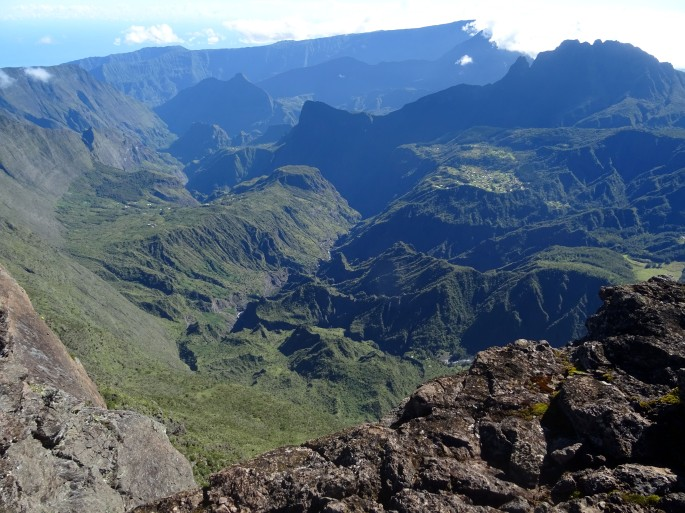 Randonnée Ile de la Réunion Grand Bénare depuis le Maido. Vue sur Mafate