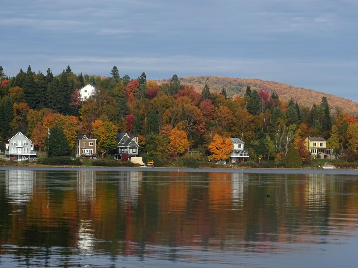 Paysage d'automne du Québec : Réserve naturelle des marais du Nord, Canada