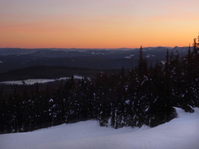 Coucher de soleil à Big White Ski Resort, Kelowna, Colombie britannique