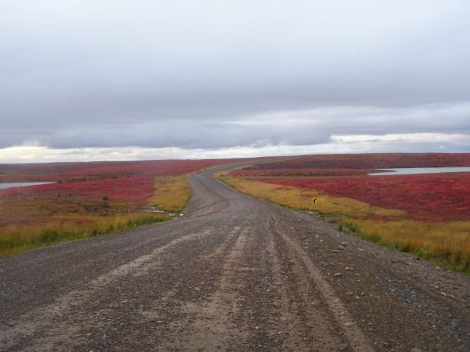 Route menant à Tuktoyaktuk, Canada