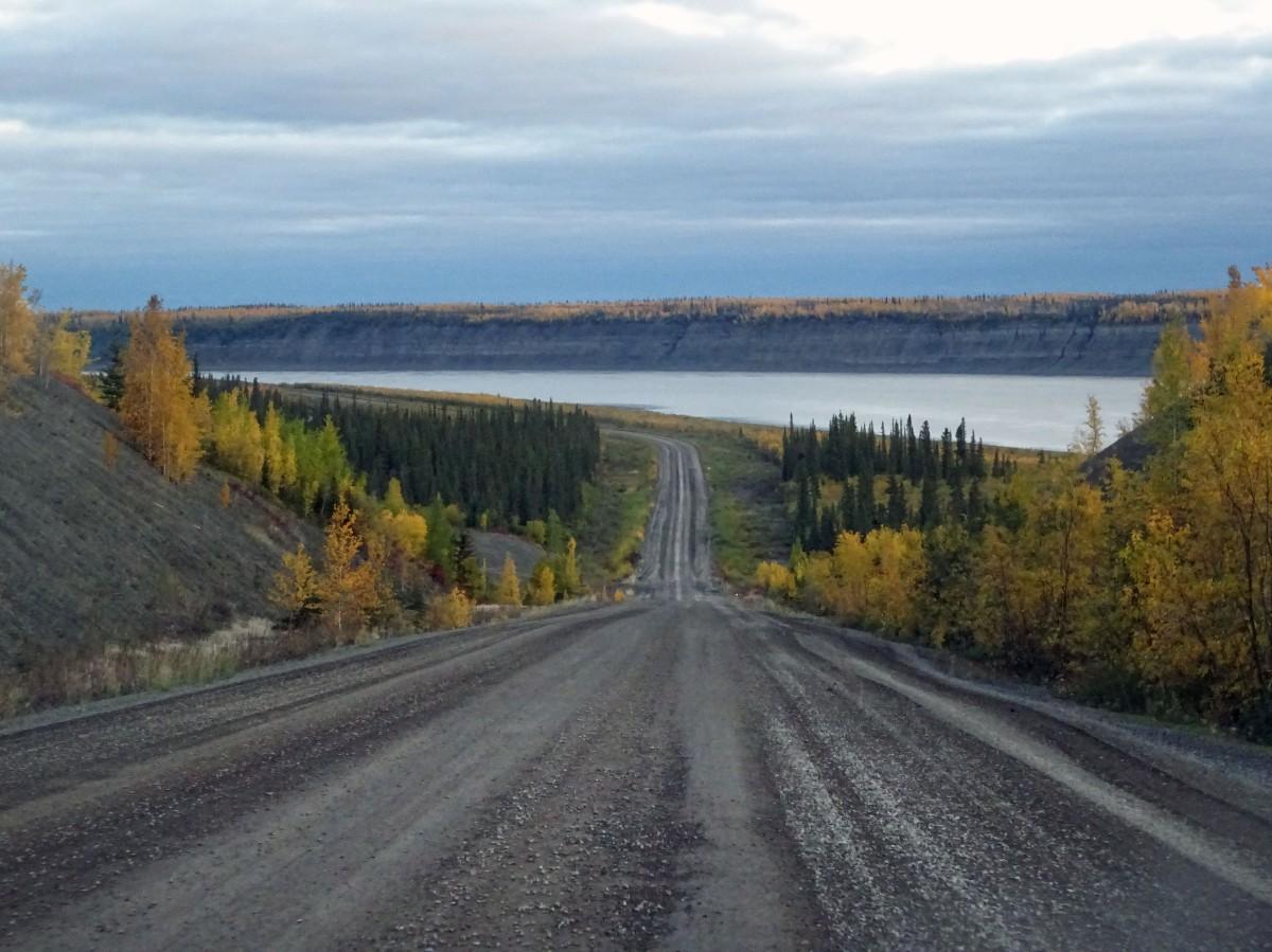 Road trip sur la Dempster Highway , direction l'océan arctique !