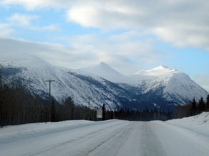 La route liant Tagish à Carcross, Yukon Territory