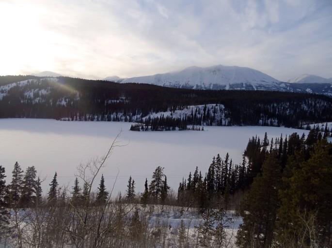 Emerald lake en hiver, Yukon, Canada