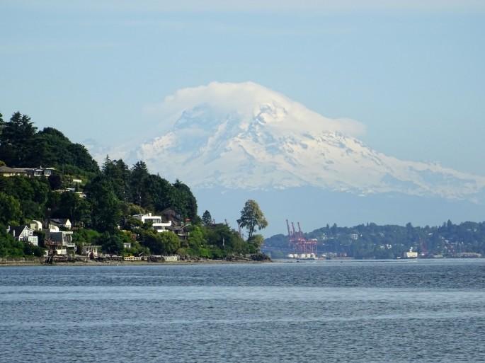 Vue sur le Mount Rainier depuis le Discovery park, Seattle