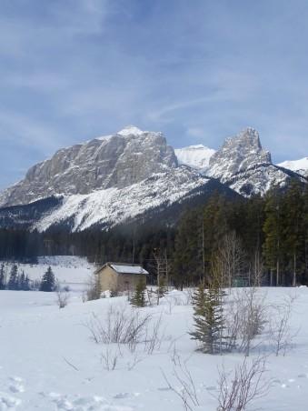 Rundle Forebay en hiver, Canmore, Alberta