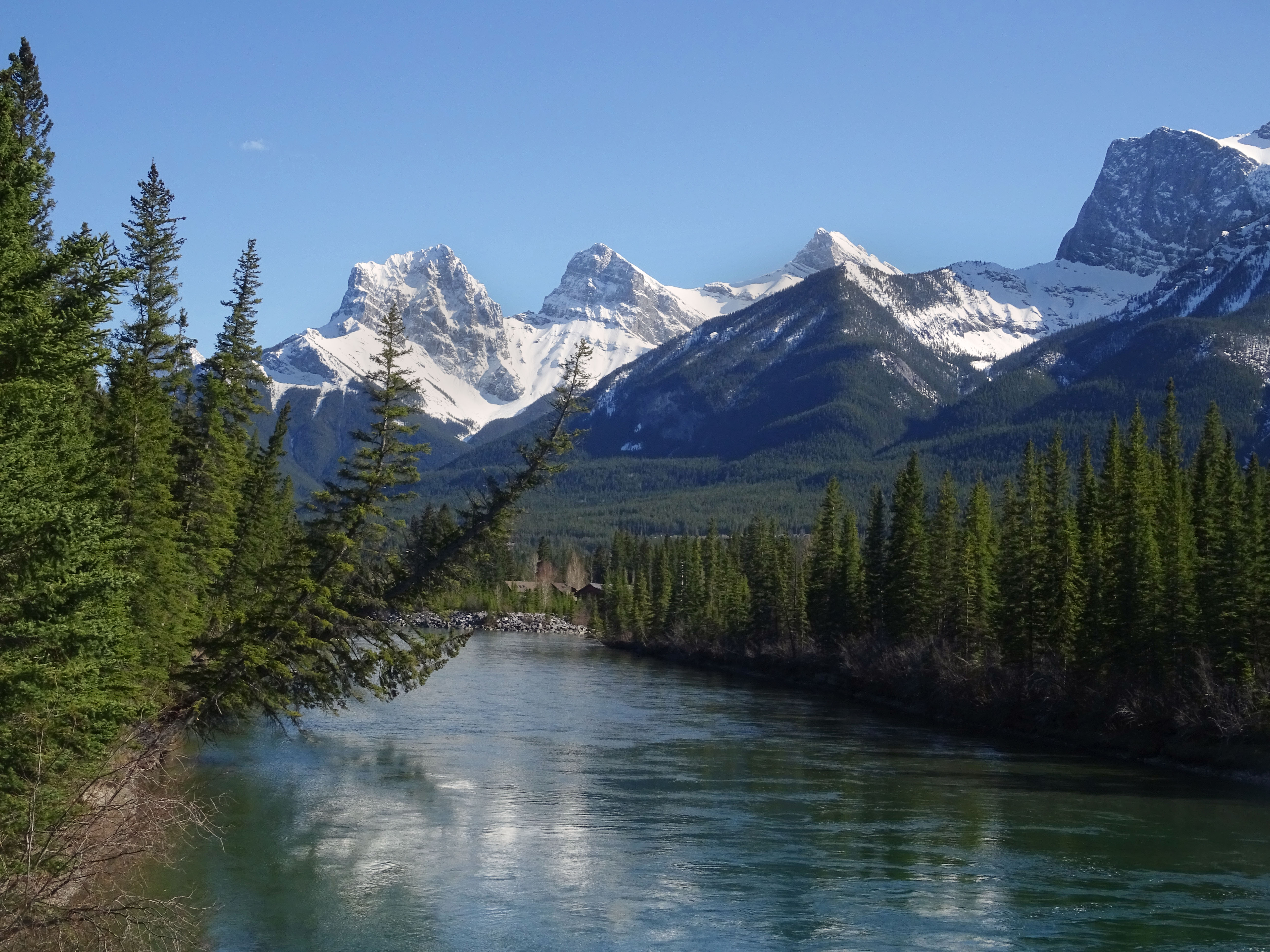Canmore, Village au coeur des Rocheuses Canadiennes, Alberta